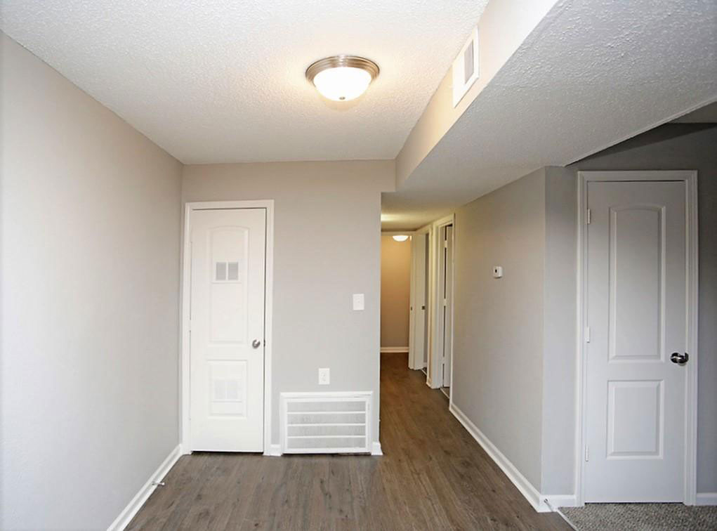 Two Bedroom Apartments at Liberty Heights Apartments in Liberty, MO