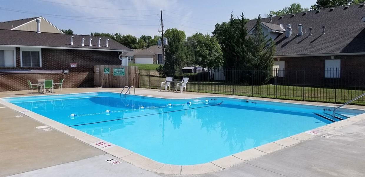 Resort-Style Pool at Liberty Heights Apartments in Liberty, MO