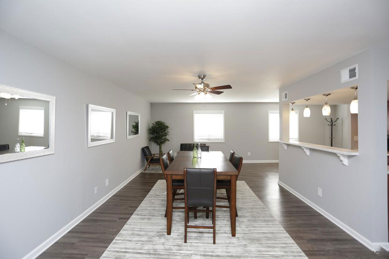 Separate Dining Area at Liberty Heights Apartments in Liberty, MO