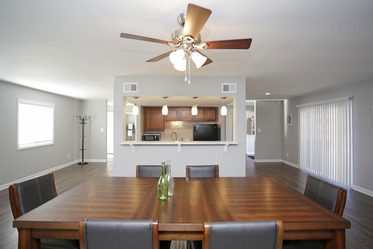 Ceiling Fans in the Dining Area at Liberty Heights Apartments in Liberty, MO