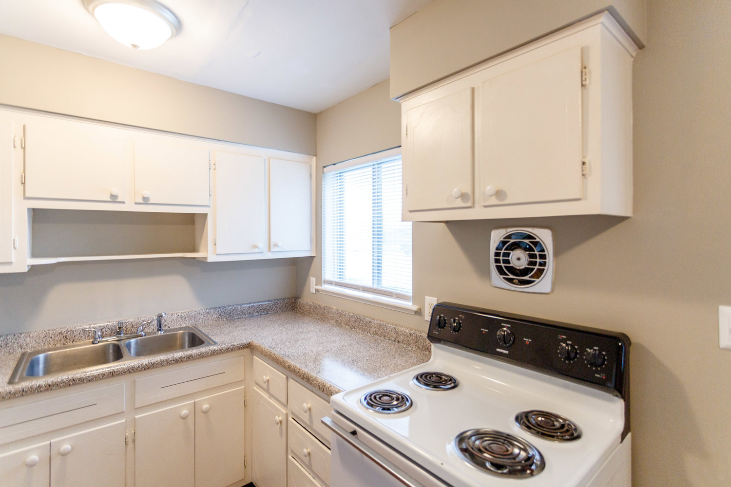 Well-Equipped Kitchen at Liberty Landings Apartments in Hopkinsville, KY