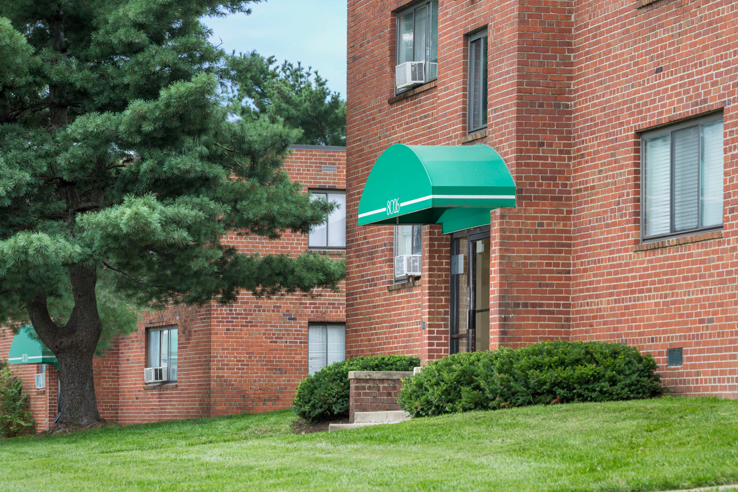 1 and 2 bedroom apartments at Liberty Place Apartments in Langley Park, MD