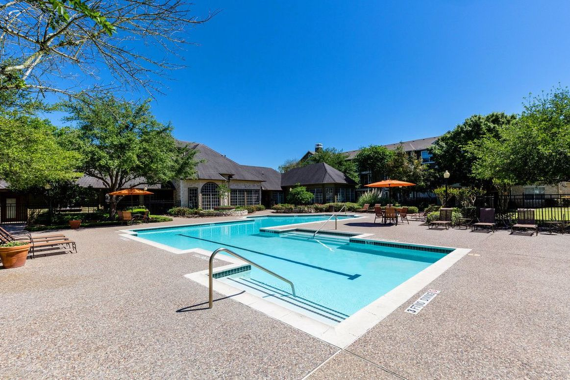 Resort-Style Pool at Limestone Apartments in Houston, Texas