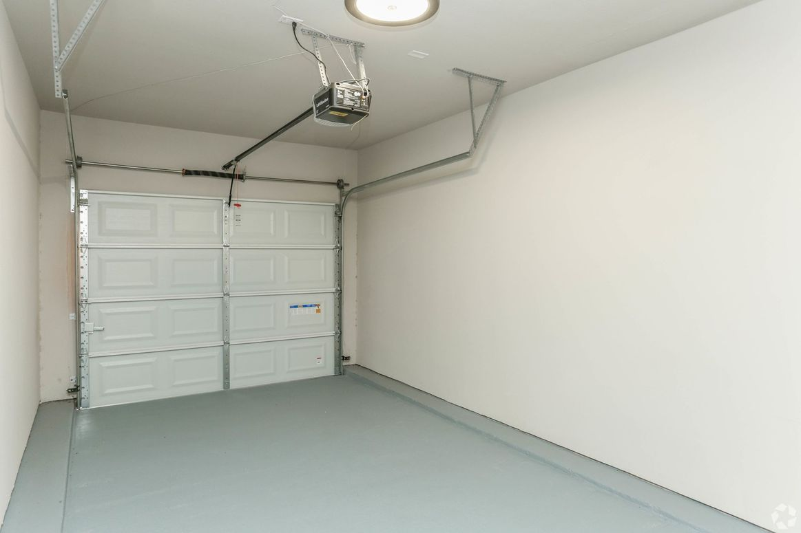 Secure Parking Options at Limestone Apartments in Houston, Texas