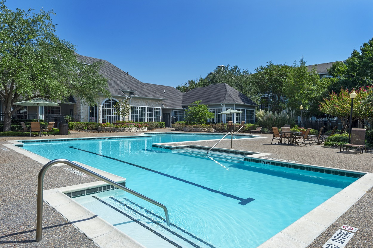 Resort-Style Swimming Pool at The Link Apartments in Houston, Texas