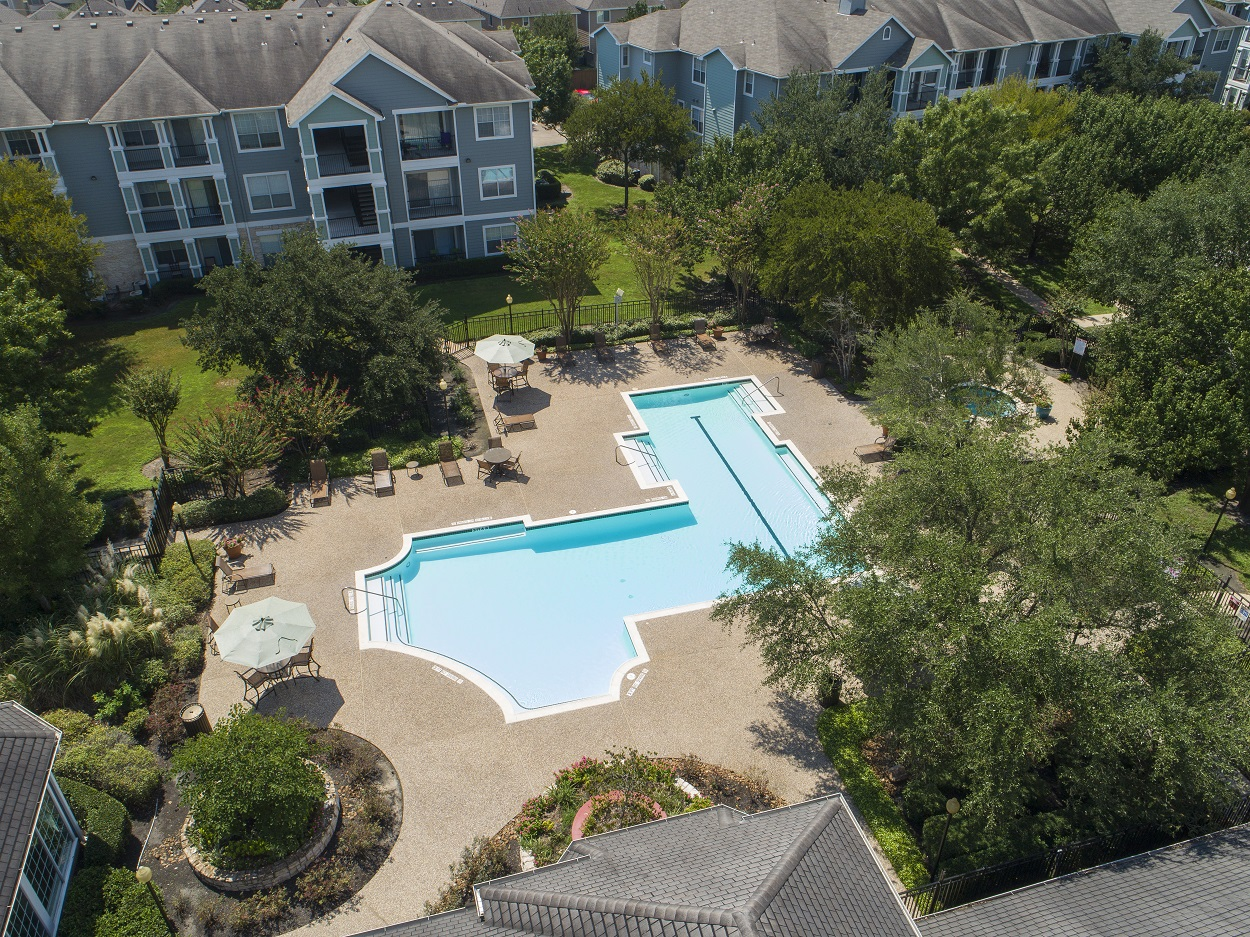 Sparkling Swimming Pool at The Link Apartments in Houston, Texas