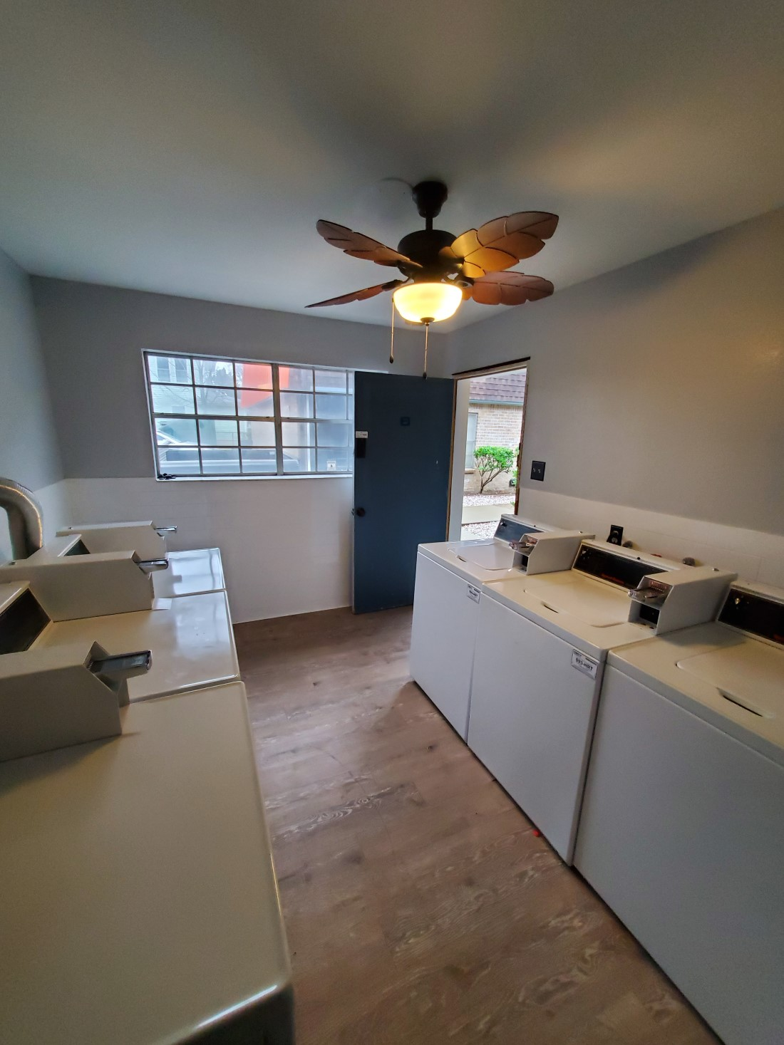 Laundry Area at Live Oak Apartments in Huntsville, Texas