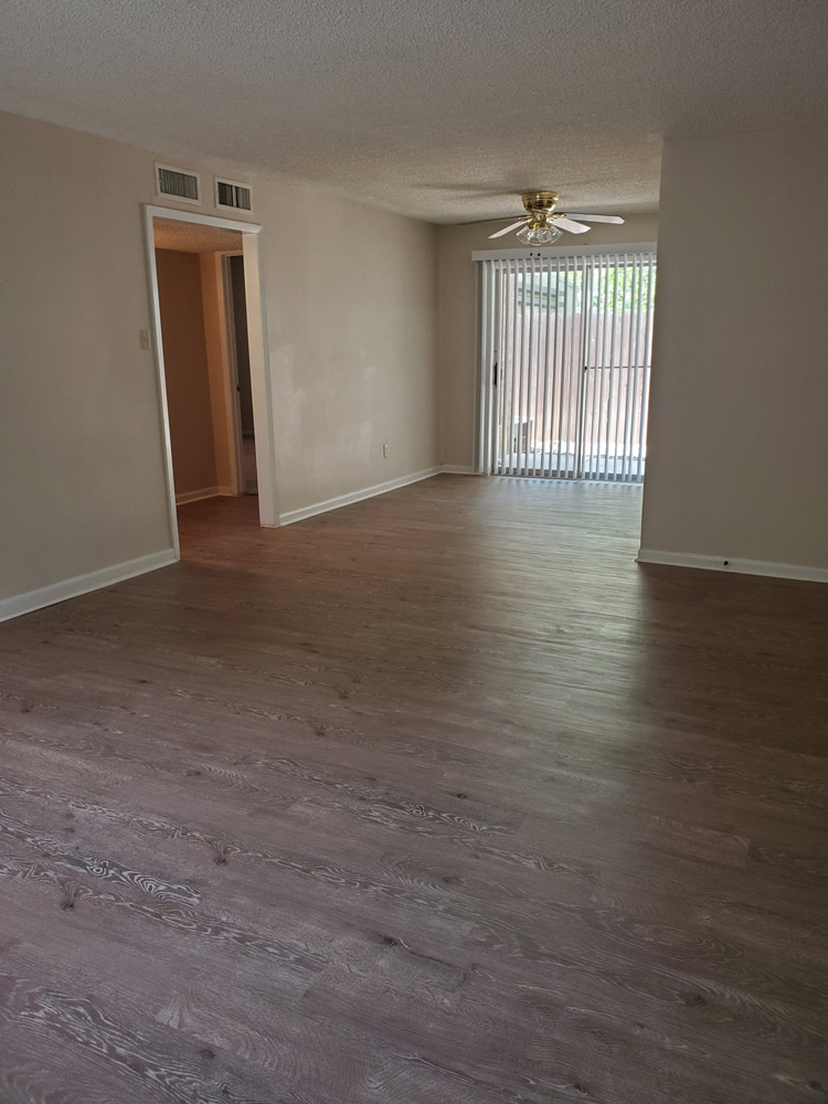 Large Floor Plan at Live Oak Apartments in Huntsville, Texas