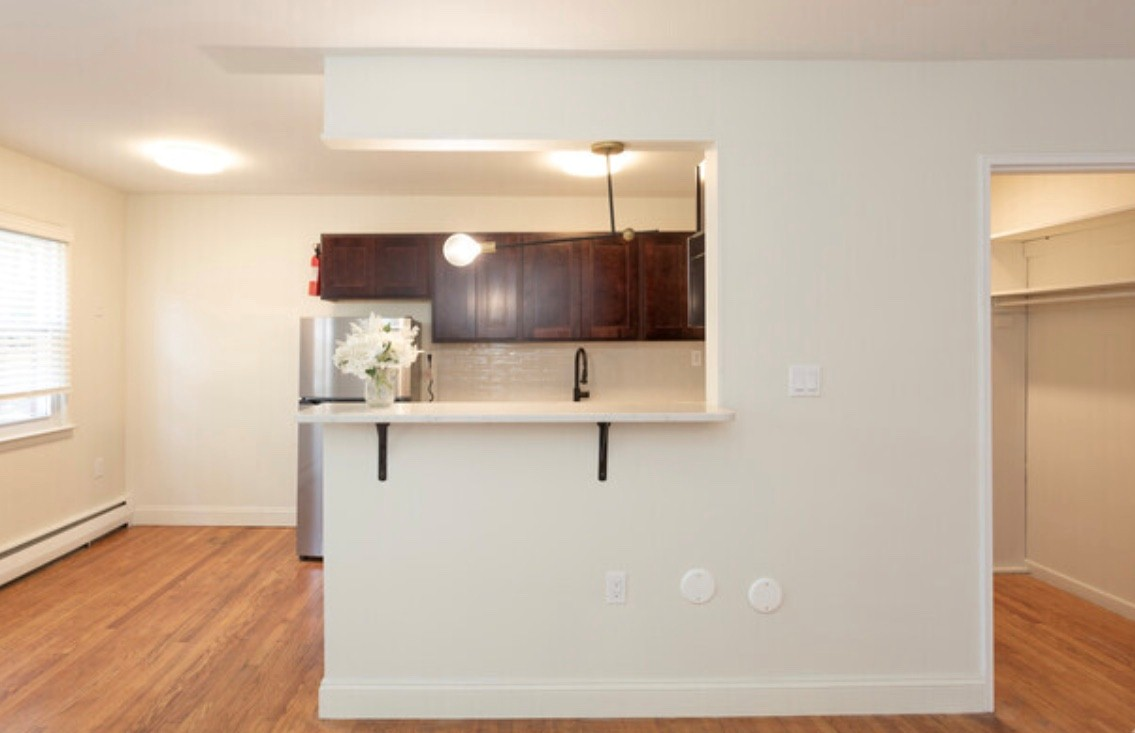 Property View at Livingston Gardens Apartments in North Brunswick Township, New Jersey