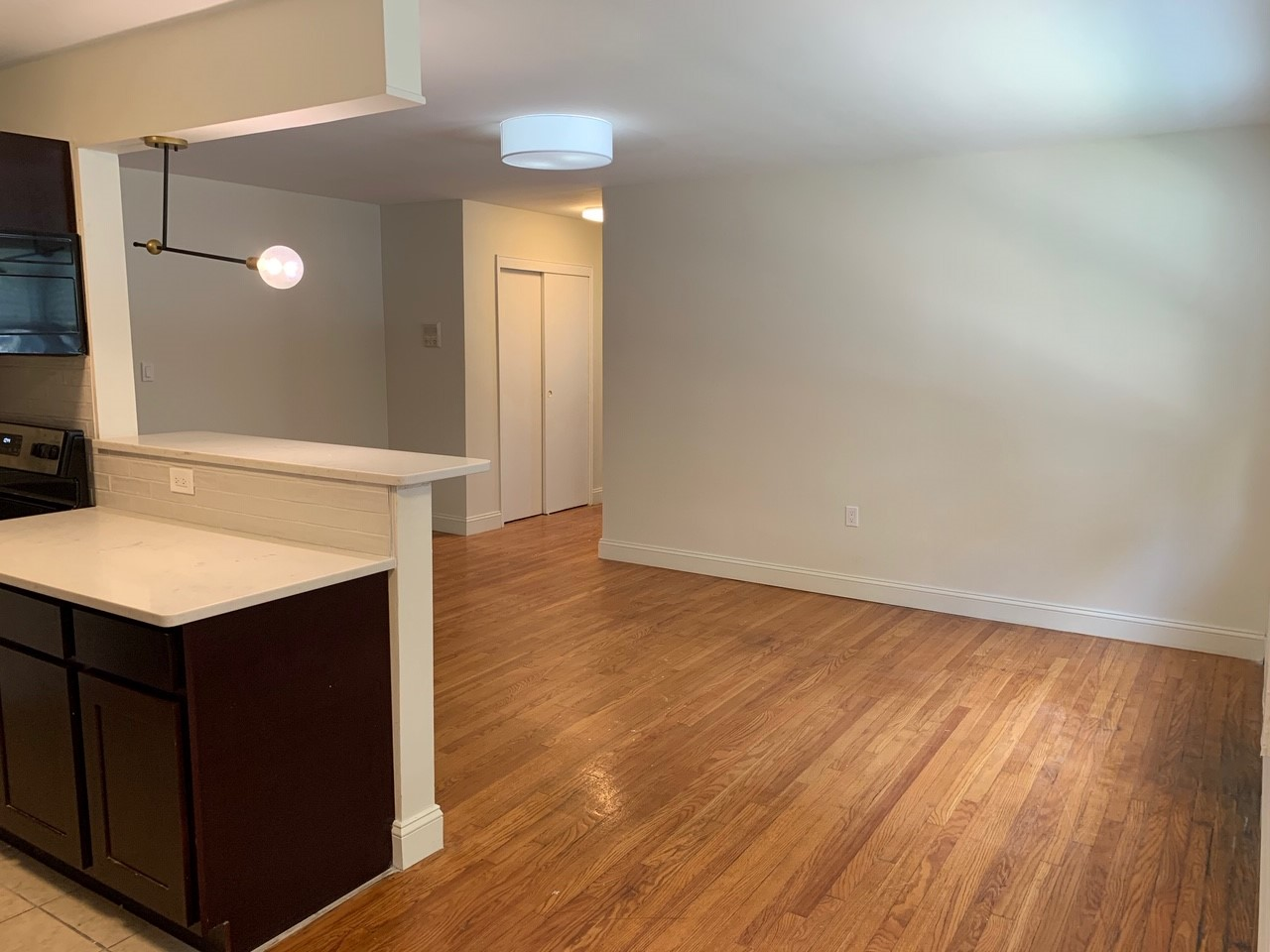 Dining Area at Livingston Gardens Apartments in North Brunswick Township, New Jersey