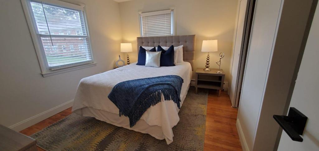 Cozy Bedrooms at Livingston Gardens Apartments in North Brunswick Township, New Jersey