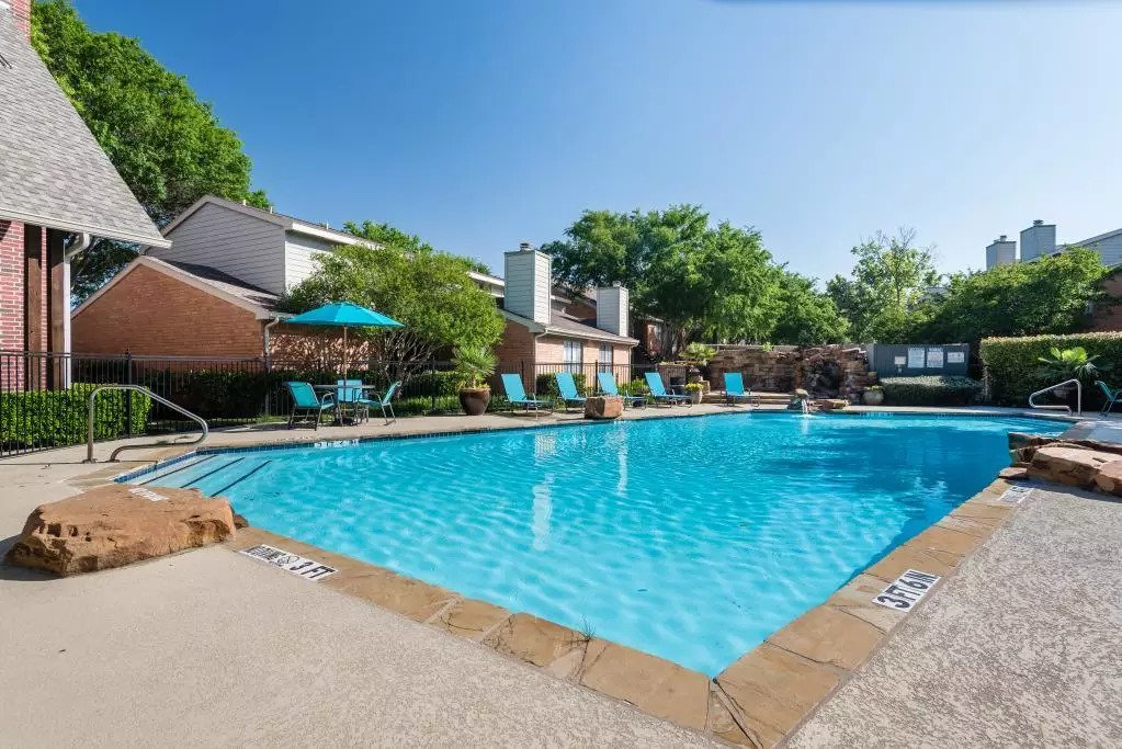 Resort-Style Swimming Pool at Lofton Place Apartments in Fort Worth, Texas
