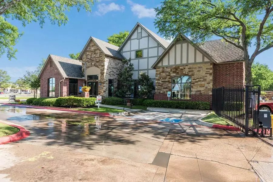 Gated Community at Lofton Place Apartments in Fort Worth, Texas