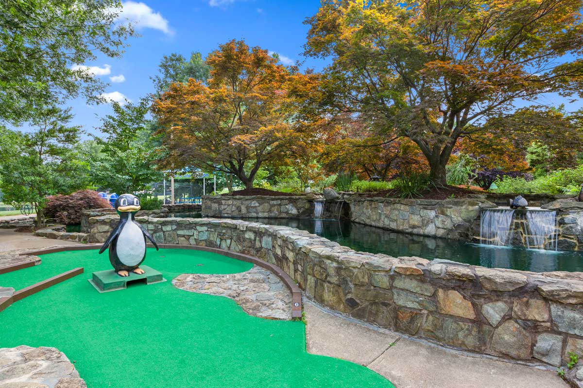 Miniature golf course 5 minutes from Londonderry Apartments in Gaithersburg, MD