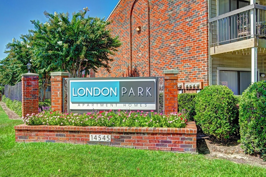 Property Sign at Westmount at London Park Apartments in Houston, TX