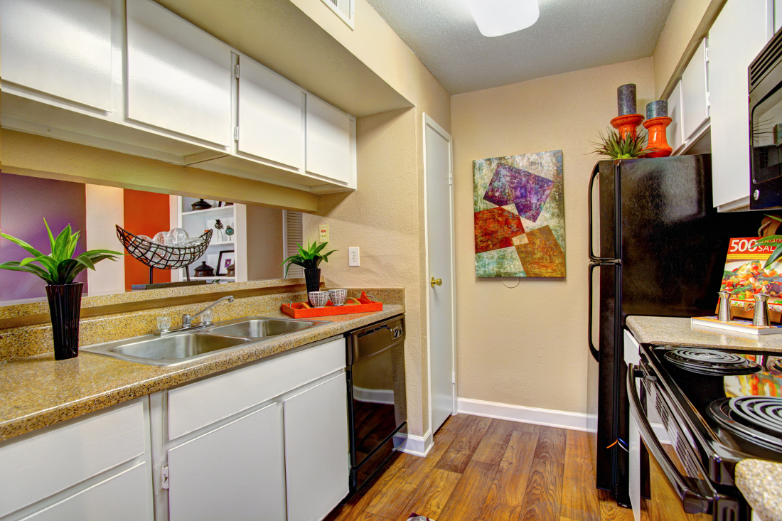 Spacious Kitchen at Westmount at London Park Apartments in Houston, TX