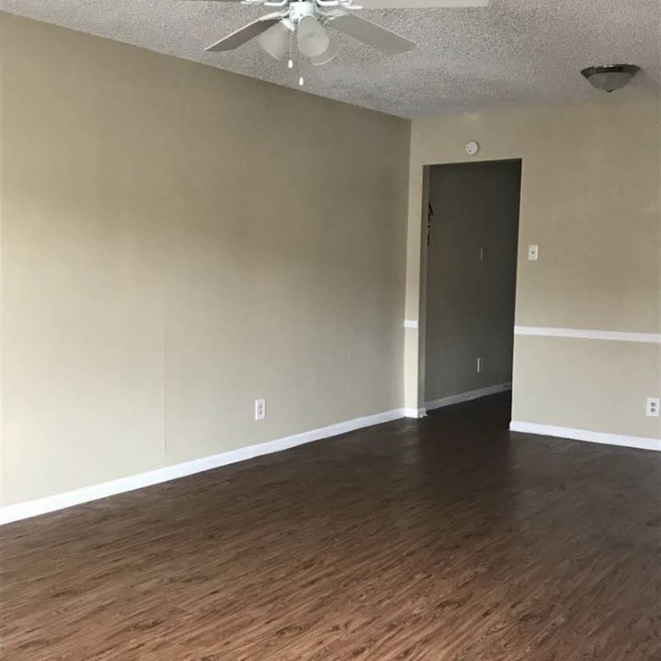 Wood Flooring at Magnolia Manor Apartments in West Columbia, Texas