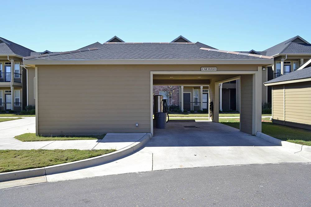 Car Care Center at Magnolia Trace Apartments in Alexandria, Louisiana