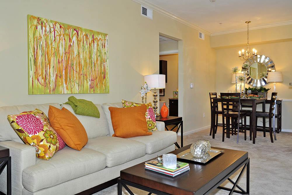 Living Area at Magnolia Trace Apartments in Alexandria, Louisiana