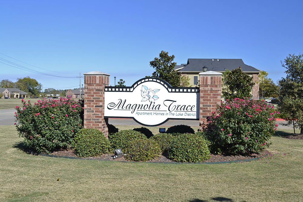 Welcome Sign at Magnolia Trace Apartments in Alexandria, Louisiana