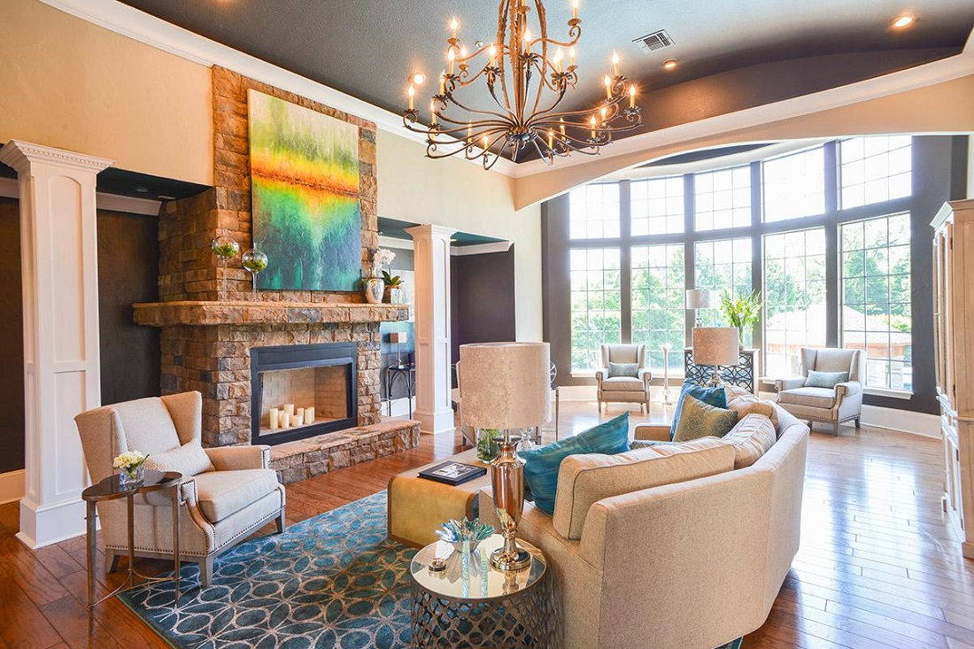 Community Clubhouse with Modern Decor at Magnolia Vinings Apartments in Atlanta, GA