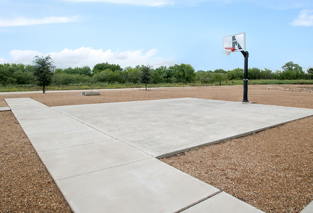 Basketball Court at Reserves at Maplewood Apartments in Wichita Falls, Texas