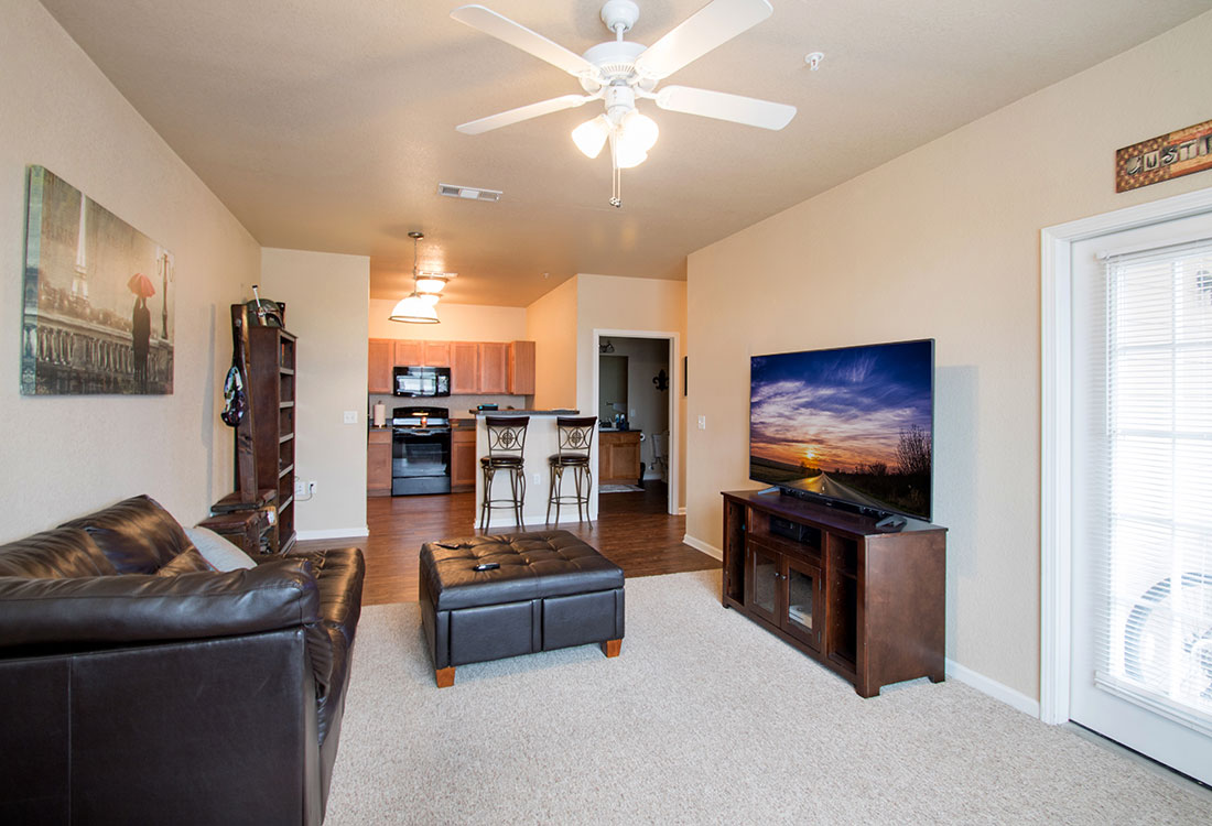 Living Areas at Reserves at Maplewood Apartments in Wichita Falls, Texas