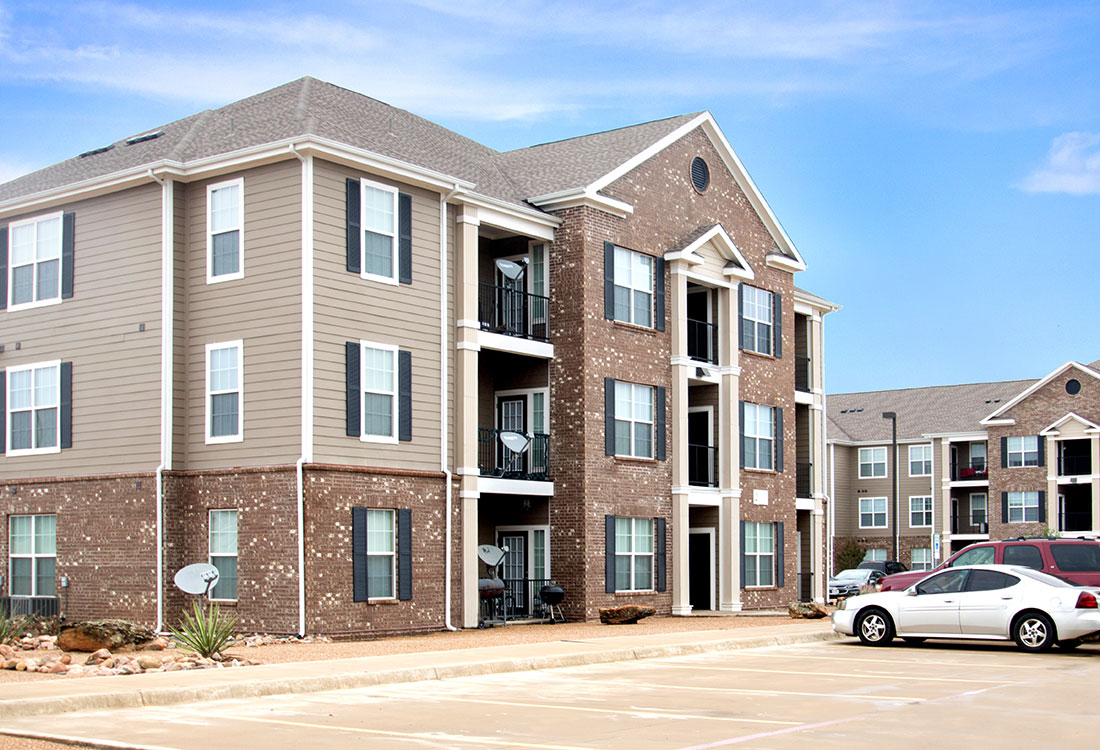 Two and Three-Bedroom Apartments at Reserves at Maplewood Apartments in Wichita Falls, Texas