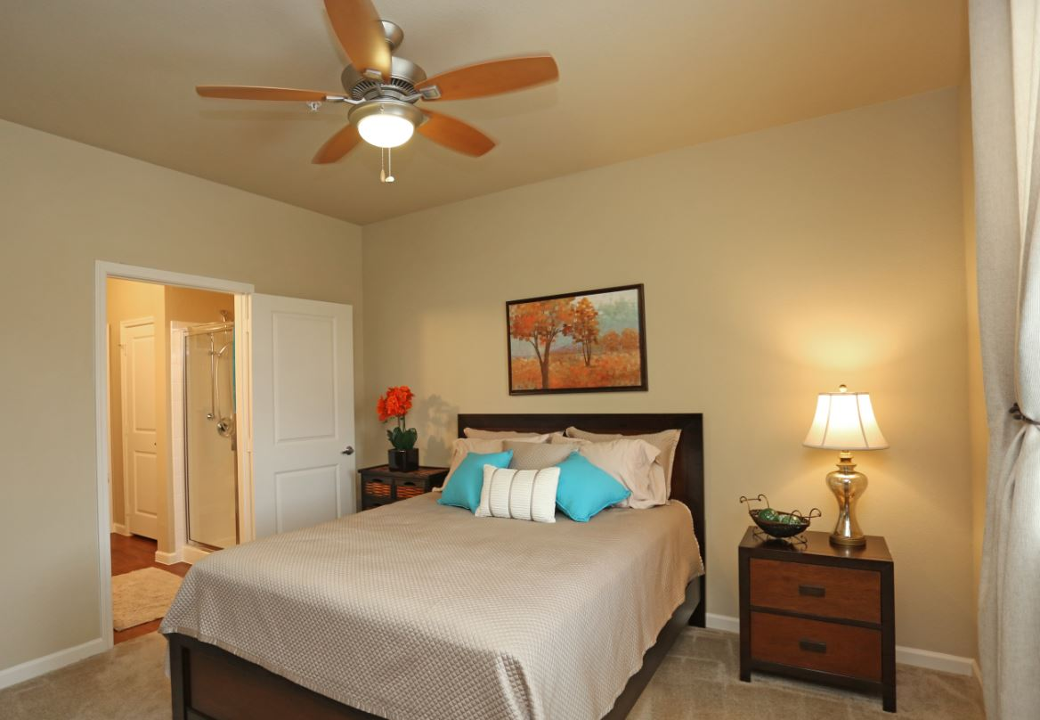 1 and 2-Bedroom Apartments for Rent at McDermott Crossing 55+ Apartments in Plano, Texas