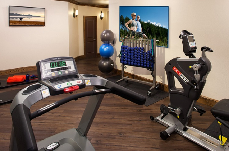 24-hour Fitness Room at McDermott Crossing Senior Apartments in Plano, TX