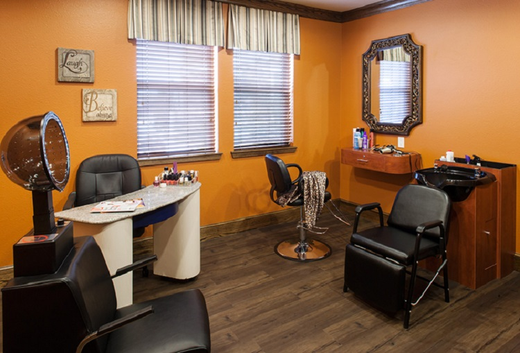 On-Site Beauty Salon at McDermott Crossing Luxury Apartments in Plano, Texas
