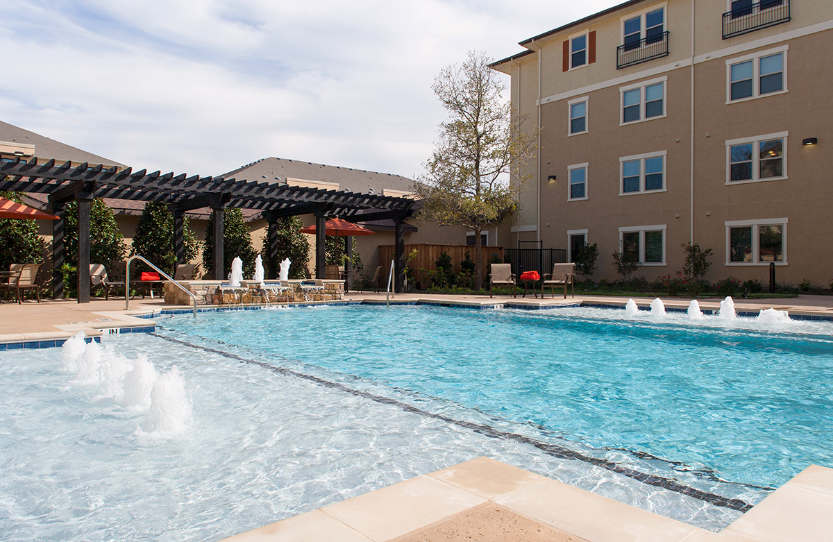 Resort-Style Pool at McDermott Crossing Luxury Apartments in Plano, Texas