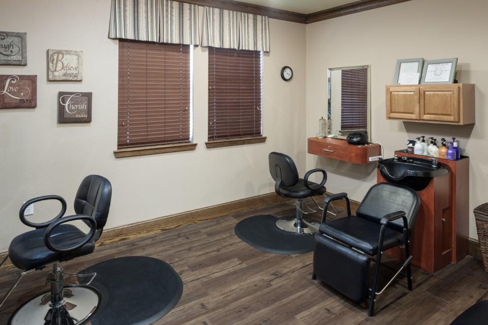 On-Site Salon At Mcdermott 55 Apartments In Plano, TX