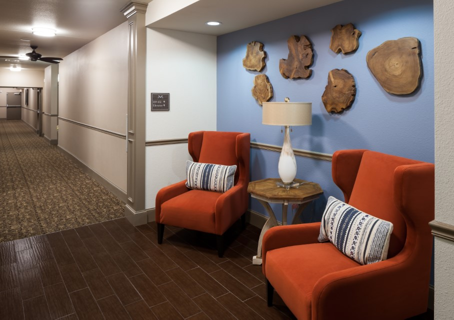 Community Lounge Area At Mcdermott 55 Apartments In Plano, TX