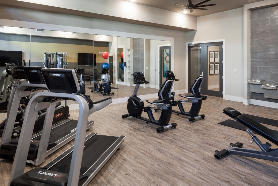 Fitness Center At McDermott 55 Apartments In Plano, TX