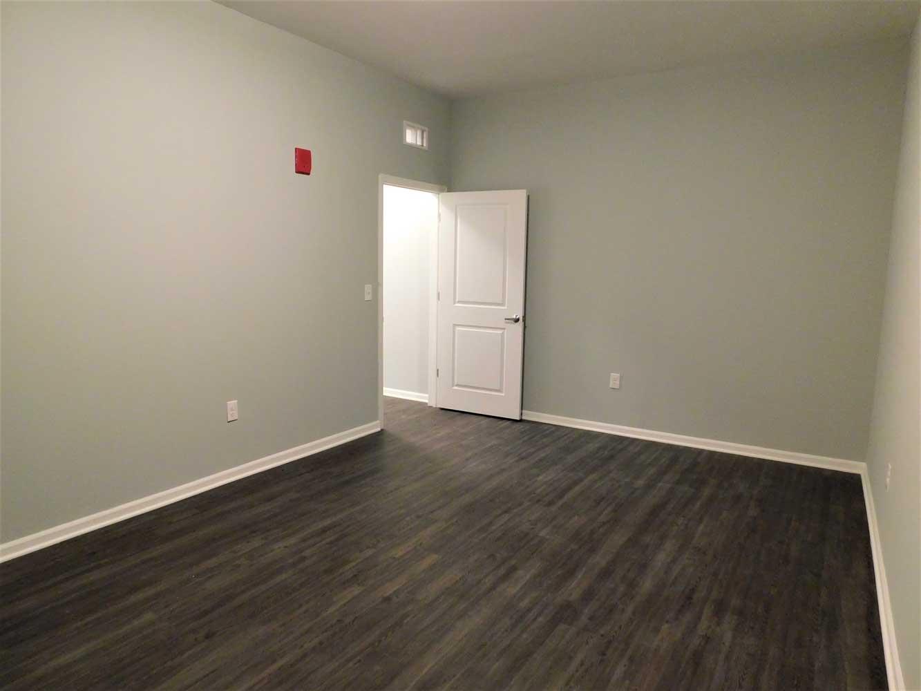 Spacious Floor Plans at Midtown Plaza Apartments in Kansas City, MO