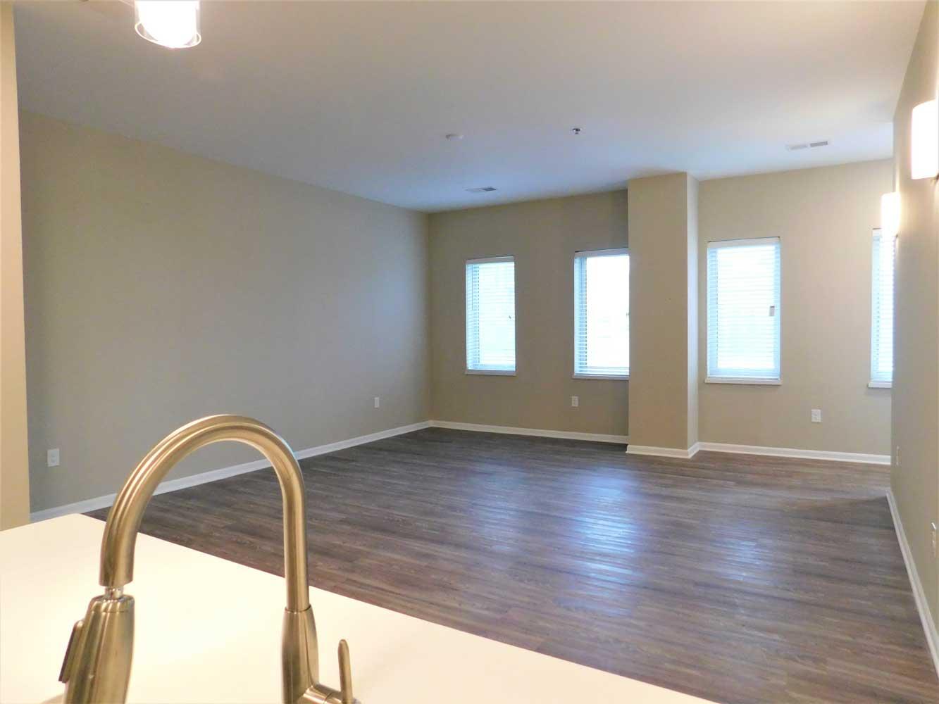 2 Bedroom Units at Midtown Plaza Apartments in Kansas City, MO