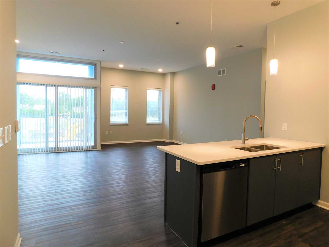 Grilling Stations Available at Midtown Plaza Apartments in Kansas City, MO