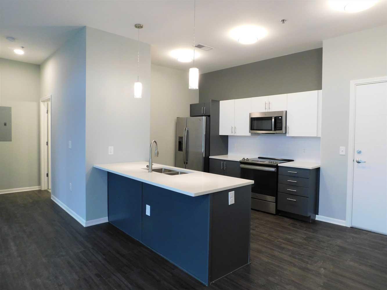 Modern Kitchen at Midtown Plaza Apartments in Kansas City, MO