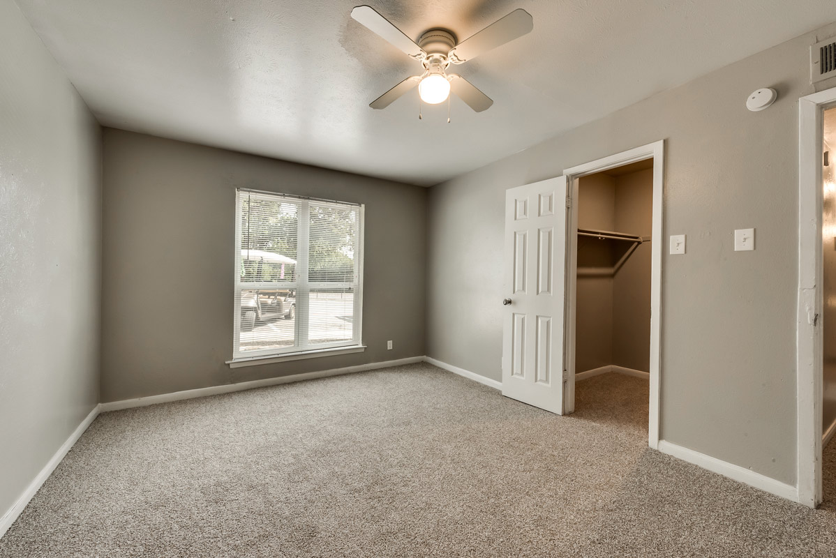 Expansive Floor Plans at Mill House Apartments in Dallas, TX