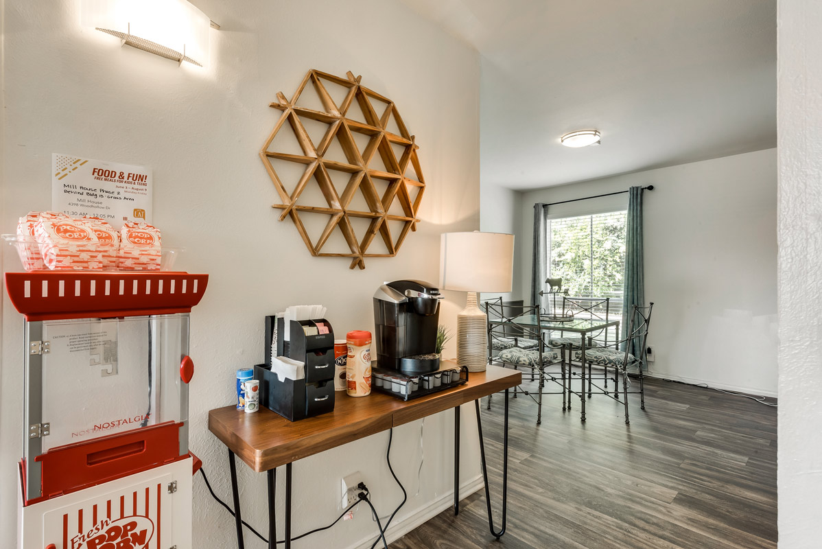 Snack area at Mill House Apartments in Dallas, TX