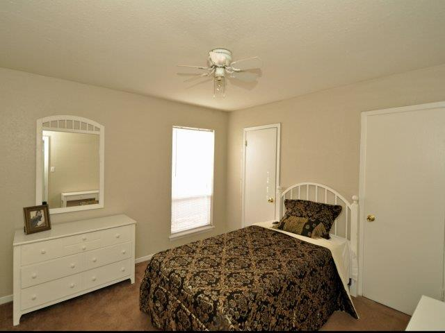 Houston Apartment Rentals at Mirabella Apartments in Houston, Texas