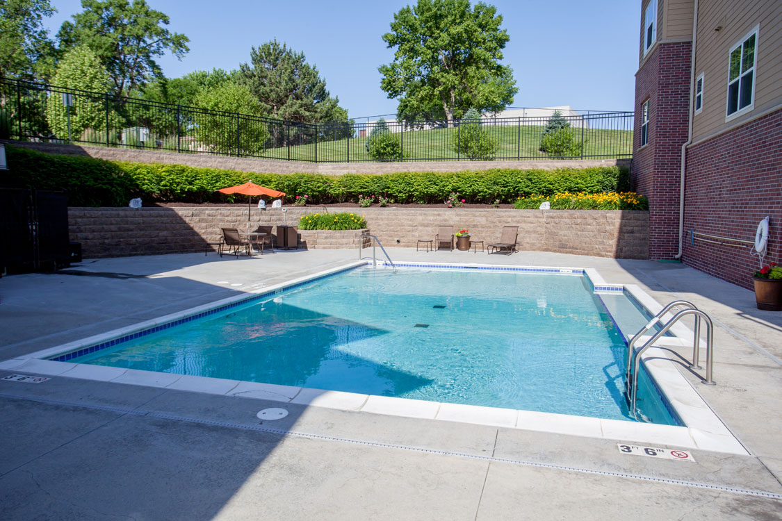 1, 2, & 3 Bedroom Apartments for Rent with Swimming Pool at Montclair Village in Midtown Omaha, NE.