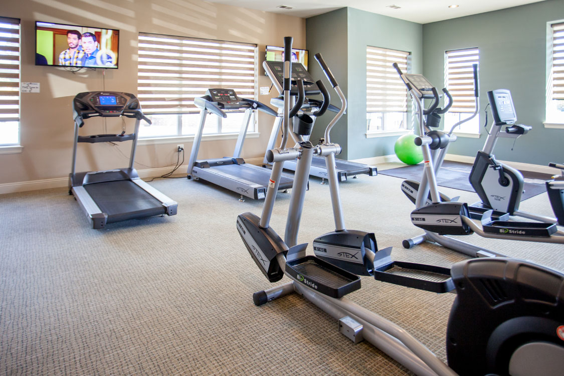 1, 2, & 3 Bedroom Apartments for Rent with Gym at Montclair Village in West Omaha, NE.
