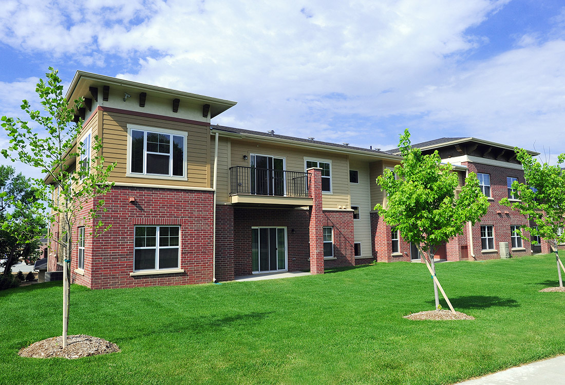 Green Landscape at Montclair Village Apartments in Omaha, Nebraska