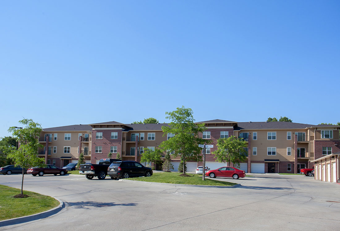 Contemporary Apartment Homes at Montclair Village Apartments in Omaha, Nebraska