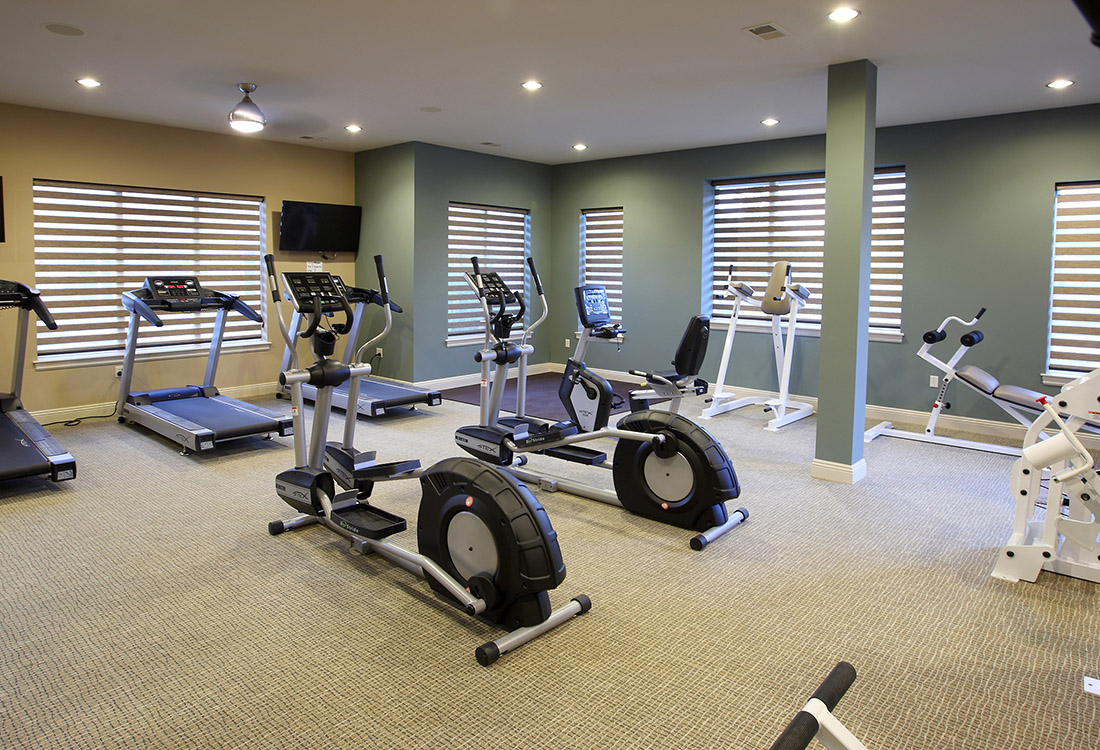 Fully-Equipped Fitness Center at Montclair Village Apartments in Omaha, Nebraska