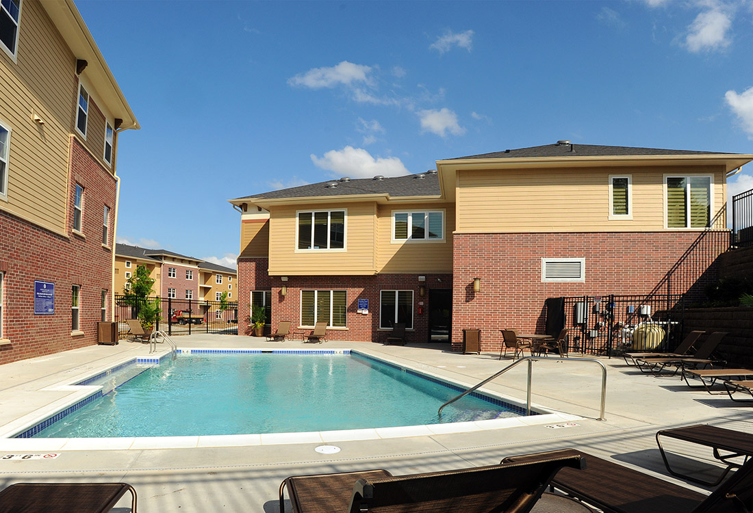 Poolside Lounge at Montclair Village Apartments in Omaha, Nebraska