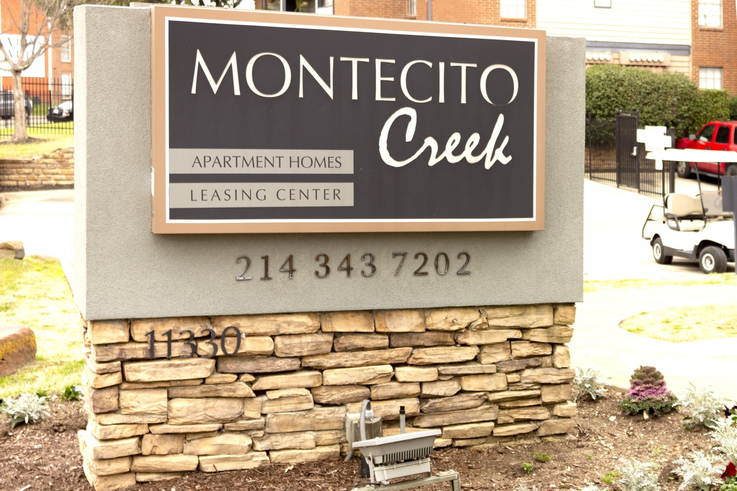 Professional Management at Montecito Creek Apartments in Dallas Texas