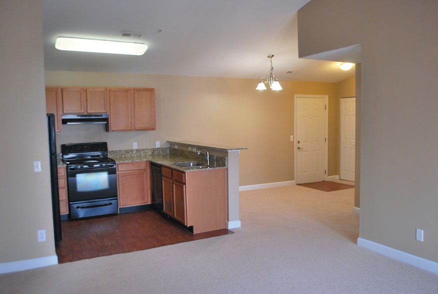 Kitchen Interior at the Mountain Ranch Apartments in Fayetteville, AR